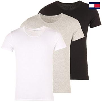 https://laboutiqueofficielle-res.cloudinary.com/image/upload/v1627647047/Desc/Watermark/7logo_tommy_hilfiger.svg Tommy Hilfiger - Lot De 3 Tee Shirts Crew-Neck Premium Essentials Blanc Noir Gris