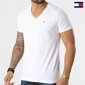 https://laboutiqueofficielle-res.cloudinary.com/image/upload/v1627647047/Desc/Watermark/7logo_tommy_hilfiger.svg Tommy Hilfiger - Tee Shirt Original Jersey 4410 Blanc