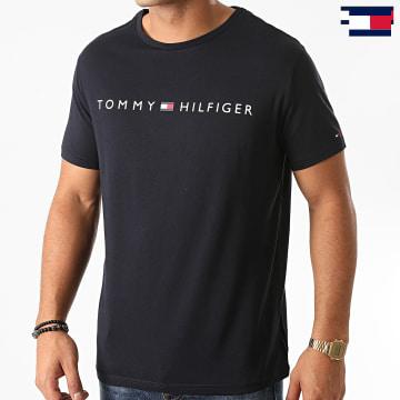 https://laboutiqueofficielle-res.cloudinary.com/image/upload/v1627647047/Desc/Watermark/7logo_tommy_hilfiger.svg Tommy Hilfiger - Tee Shirt Logo 1434 Bleu Marine