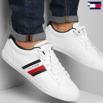 https://laboutiqueofficielle-res.cloudinary.com/image/upload/v1627647047/Desc/Watermark/7logo_tommy_hilfiger.svg Tommy Hilfiger - Baskets Essential Stripes Detail Sneaker 3389 White
