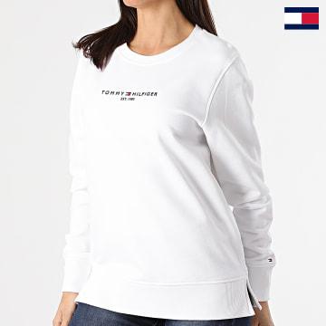 https://laboutiqueofficielle-res.cloudinary.com/image/upload/v1627647047/Desc/Watermark/7logo_tommy_hilfiger.svg Tommy Hilfiger - Sweat Crewneck Femme Essential 8220 Blanc