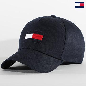 https://laboutiqueofficielle-res.cloudinary.com/image/upload/v1627647047/Desc/Watermark/7logo_tommy_hilfiger.svg Tommy Hilfiger - Casquette Big Flag 6943 Bleu Marine