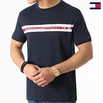https://laboutiqueofficielle-res.cloudinary.com/image/upload/v1627647047/Desc/Watermark/7logo_tommy_hilfiger.svg Tommy Hilfiger - Tee Shirt CN 1915 Bleu Marine