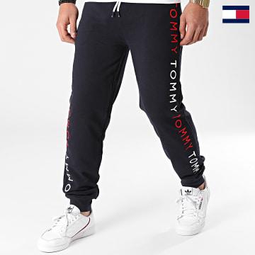 https://laboutiqueofficielle-res.cloudinary.com/image/upload/v1627647047/Desc/Watermark/7logo_tommy_hilfiger.svg Tommy Hilfiger - Pantalon Jogging 2145 Bleu Marine
