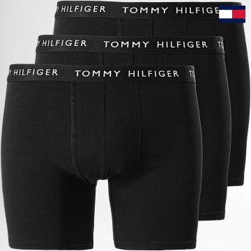 https://laboutiqueofficielle-res.cloudinary.com/image/upload/v1627647047/Desc/Watermark/7logo_tommy_hilfiger.svg Tommy Hilfiger - Lot De 3 Boxers Premium Essentials 2204 Noir