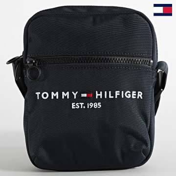 https://laboutiqueofficielle-res.cloudinary.com/image/upload/v1627647047/Desc/Watermark/7logo_tommy_hilfiger.svg Tommy Hilfiger - Sacoche Established Mini Reporter 7547 Bleu Marine