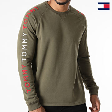 https://laboutiqueofficielle-res.cloudinary.com/image/upload/v1627647047/Desc/Watermark/7logo_tommy_hilfiger.svg Tommy Hilfiger - Tee Shirt Manches Longues Track 2133 Vert Kaki