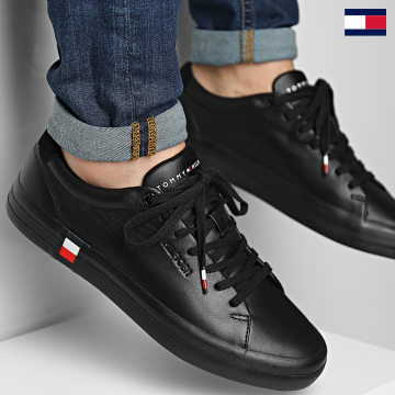 https://laboutiqueofficielle-res.cloudinary.com/image/upload/v1627647047/Desc/Watermark/7logo_tommy_hilfiger.svg Tommy Hilfiger - Baskets Premium Corporate Vulcanized 3621 Black