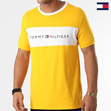 https://laboutiqueofficielle-res.cloudinary.com/image/upload/v1627647047/Desc/Watermark/7logo_tommy_hilfiger.svg Tommy Hilfiger - Tee Shirt CN Logo Flag 1170 Jaune