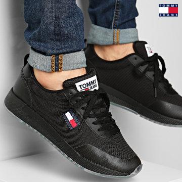 https://laboutiqueofficielle-res.cloudinary.com/image/upload/v1627651009/Desc/Watermark/3logo_tommy_jeans.svg Tommy Jeans - Baskets Flexi Runner 0490 Black