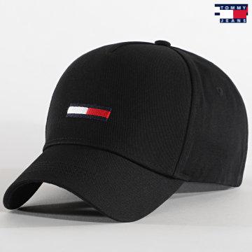 https://laboutiqueofficielle-res.cloudinary.com/image/upload/v1627651009/Desc/Watermark/3logo_tommy_jeans.svg Tommy Jeans - Casquette Flag Cap 0843 Noir