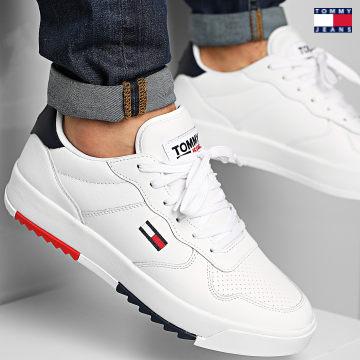 https://laboutiqueofficielle-res.cloudinary.com/image/upload/v1627651009/Desc/Watermark/3logo_tommy_jeans.svg Tommy Jeans - Baskets Leather Tommy Jeans 0611 White