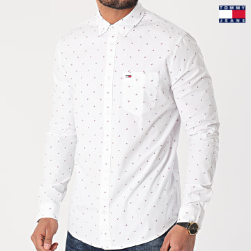 https://laboutiqueofficielle-res.cloudinary.com/image/upload/v1627651009/Desc/Watermark/3logo_tommy_jeans.svg Tommy Jeans - Chemise Manches Longues Dobby 0153 Blanc