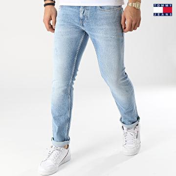 https://laboutiqueofficielle-res.cloudinary.com/image/upload/v1627651009/Desc/Watermark/3logo_tommy_jeans.svg Tommy Jeans - Jean Slim Scanton 0251 Bleu Denim