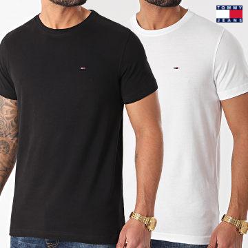 https://laboutiqueofficielle-res.cloudinary.com/image/upload/v1627651009/Desc/Watermark/3logo_tommy_jeans.svg Tommy Jeans - Lot De 2 Tee Shirts CNeck 0705 Blanc Noir