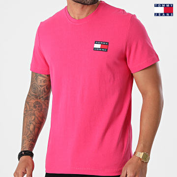 https://laboutiqueofficielle-res.cloudinary.com/image/upload/v1627651009/Desc/Watermark/3logo_tommy_jeans.svg Tommy Jeans - Tee Shirt Tommy Badge 6595 Rose Fuchsia