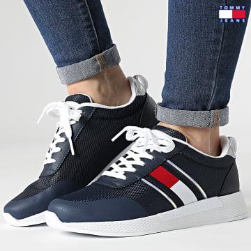 https://laboutiqueofficielle-res.cloudinary.com/image/upload/v1627651009/Desc/Watermark/3logo_tommy_jeans.svg Tommy Jeans - Baskets Femme Technical Flexi Sneaker 1359 Twilight Navy