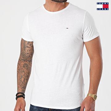 https://laboutiqueofficielle-res.cloudinary.com/image/upload/v1627651009/Desc/Watermark/3logo_tommy_jeans.svg Tommy Jeans - Tee Shirt Oversize Slim Jaspe 9586 Blanc