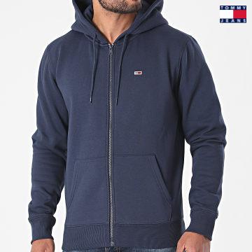 https://laboutiqueofficielle-res.cloudinary.com/image/upload/v1627651009/Desc/Watermark/3logo_tommy_jeans.svg Tommy Jeans - Sweat Zippé Capuche 9592 Bleu Marine