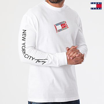 https://laboutiqueofficielle-res.cloudinary.com/image/upload/v1627651009/Desc/Watermark/3logo_tommy_jeans.svg Tommy Jeans - Tee Shirt Manches Longues Small Flag Box Logo 0240 Blanc