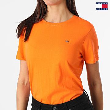 https://laboutiqueofficielle-res.cloudinary.com/image/upload/v1627651009/Desc/Watermark/3logo_tommy_jeans.svg Tommy Jeans - Tee Shirt Femme Soft Jersey 6901 Orange