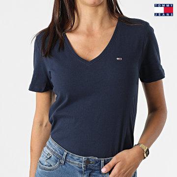 https://laboutiqueofficielle-res.cloudinary.com/image/upload/v1627651009/Desc/Watermark/3logo_tommy_jeans.svg Tommy Jeans - Tee Shirt Slim Femme Soft 9385 Bleu Marine