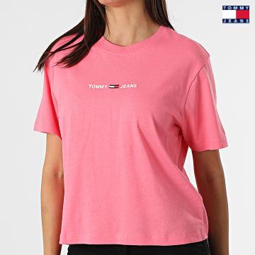 https://laboutiqueofficielle-res.cloudinary.com/image/upload/v1627651009/Desc/Watermark/3logo_tommy_jeans.svg Tommy Jeans - Tee Shirt Crop Femme BXY Linear 0057 Rose