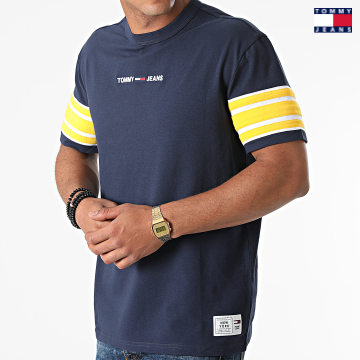 https://laboutiqueofficielle-res.cloudinary.com/image/upload/v1627651009/Desc/Watermark/3logo_tommy_jeans.svg Tommy Jeans - Tee Shirt Contrast Sleeve Details 9738 Bleu Marine