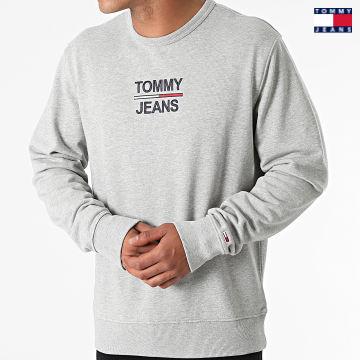 https://laboutiqueofficielle-res.cloudinary.com/image/upload/v1627651009/Desc/Watermark/3logo_tommy_jeans.svg Tommy Jeans - Sweat Crewneck TJM Essential 0910 Gris Chiné