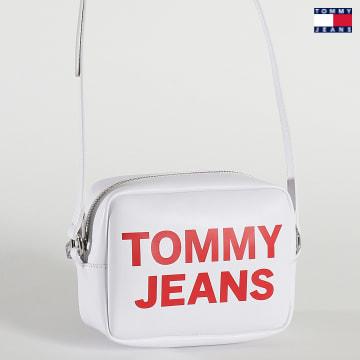 https://laboutiqueofficielle-res.cloudinary.com/image/upload/v1627651009/Desc/Watermark/3logo_tommy_jeans.svg Tommy Jeans - Sac A Main Femme Essential Camera Bag 0152 Blanc