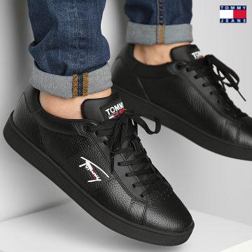 https://laboutiqueofficielle-res.cloudinary.com/image/upload/v1627651009/Desc/Watermark/3logo_tommy_jeans.svg Tommy Jeans - Baskets Cupsole TJM 0719 Noir