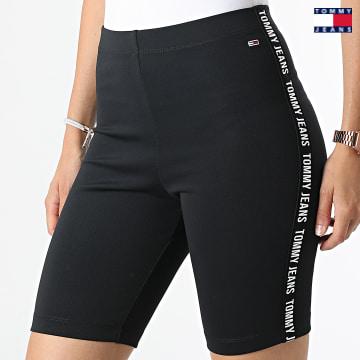 https://laboutiqueofficielle-res.cloudinary.com/image/upload/v1627651009/Desc/Watermark/3logo_tommy_jeans.svg Tommy Jeans - Short Cycliste Femme 0332 Noir