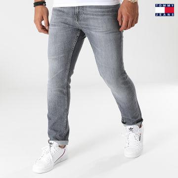 https://laboutiqueofficielle-res.cloudinary.com/image/upload/v1627651009/Desc/Watermark/3logo_tommy_jeans.svg Tommy Jeans - Jean Slim Scanton 0789 Bleu Denim