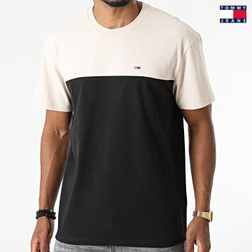 https://laboutiqueofficielle-res.cloudinary.com/image/upload/v1627651009/Desc/Watermark/3logo_tommy_jeans.svg Tommy Jeans - Tee Shirt Yoke Colorblock 0930 Noir Beige