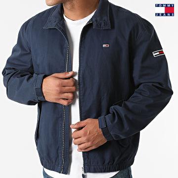 https://laboutiqueofficielle-res.cloudinary.com/image/upload/v1627651009/Desc/Watermark/3logo_tommy_jeans.svg Tommy Jeans - Veste Zippée Modern Harrington 0965 Bleu Marine