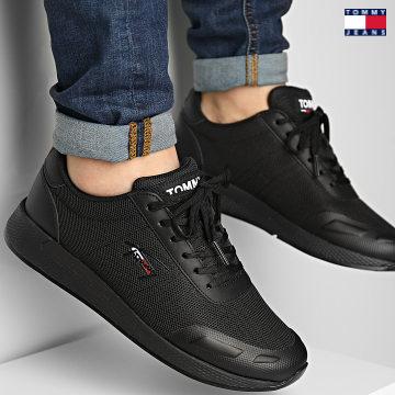 https://laboutiqueofficielle-res.cloudinary.com/image/upload/v1627651009/Desc/Watermark/3logo_tommy_jeans.svg Tommy Jeans - Baskets Flexi Mesh TJM Runner 0724 Black
