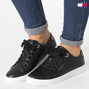 https://laboutiqueofficielle-res.cloudinary.com/image/upload/v1627651009/Desc/Watermark/3logo_tommy_jeans.svg Tommy Jeans - Baskets Femme Icon Slip On 5918 Black