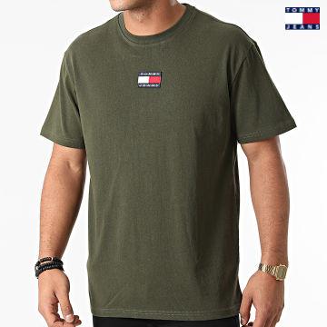https://laboutiqueofficielle-res.cloudinary.com/image/upload/v1627651009/Desc/Watermark/3logo_tommy_jeans.svg Tommy Jeans - Tee Shirt Tommy Badge 0925 Vert Kaki