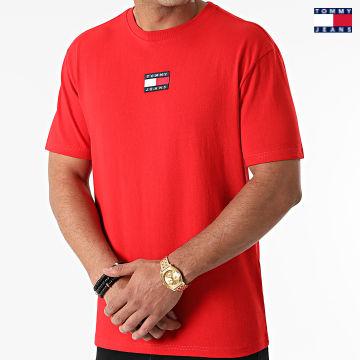 https://laboutiqueofficielle-res.cloudinary.com/image/upload/v1627651009/Desc/Watermark/3logo_tommy_jeans.svg Tommy Jeans - Tee Shirt Tommy Badge 0925 Rouge