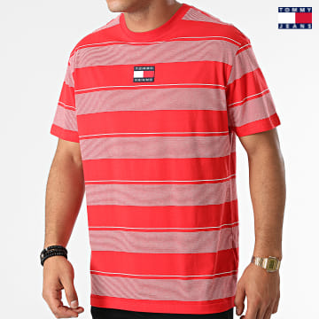 https://laboutiqueofficielle-res.cloudinary.com/image/upload/v1627651009/Desc/Watermark/3logo_tommy_jeans.svg Tommy Jeans - Tee Shirt A Rayures Tommy Badge Stripe 1443 Rouge
