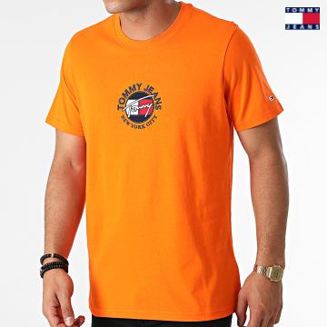 https://laboutiqueofficielle-res.cloudinary.com/image/upload/v1627651009/Desc/Watermark/3logo_tommy_jeans.svg Tommy Jeans - Tee Shirt Timeless Tommy 1605 Orange
