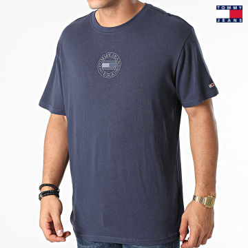 https://laboutiqueofficielle-res.cloudinary.com/image/upload/v1627651009/Desc/Watermark/3logo_tommy_jeans.svg Tommy Jeans - Tee Shirt Tonal Circular Tommy 1607 Bleu Marine
