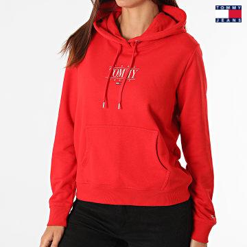 https://laboutiqueofficielle-res.cloudinary.com/image/upload/v1627651009/Desc/Watermark/3logo_tommy_jeans.svg Tommy Jeans - Sweat Capuche Femme Regular Essential Logo 1049 Rouge