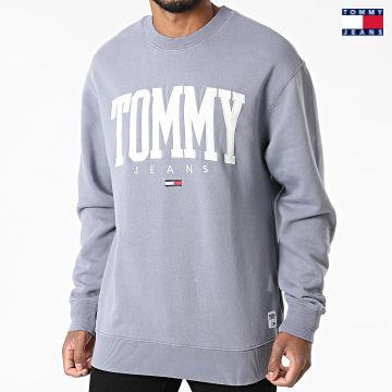 https://laboutiqueofficielle-res.cloudinary.com/image/upload/v1627651009/Desc/Watermark/3logo_tommy_jeans.svg Tommy Jeans - Sweat Crewneck Collegiate 2545 Bleu Marine