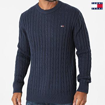 https://laboutiqueofficielle-res.cloudinary.com/image/upload/v1627651009/Desc/Watermark/3logo_tommy_jeans.svg Tommy Jeans - Pull Essential Cable 1857 Bleu Marine