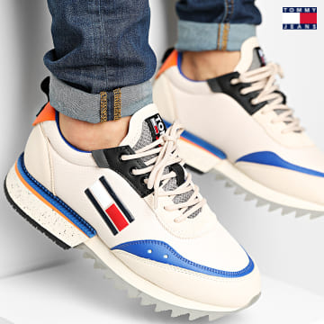 https://laboutiqueofficielle-res.cloudinary.com/image/upload/v1627651009/Desc/Watermark/3logo_tommy_jeans.svg Tommy Jeans - Baskets Cleated TJM Runner Mix 0820 Smooth Stone