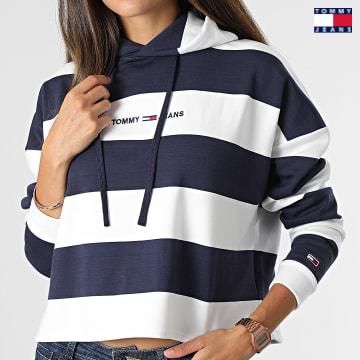 https://laboutiqueofficielle-res.cloudinary.com/image/upload/v1627651009/Desc/Watermark/3logo_tommy_jeans.svg Tommy Jeans - Sweat Capuche Femme A Rayures Bxy Linear Strip 1187 Bleu Marine Blanc