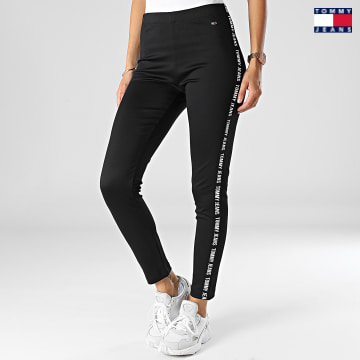 https://laboutiqueofficielle-res.cloudinary.com/image/upload/v1627651009/Desc/Watermark/3logo_tommy_jeans.svg Tommy Jeans - Legging Femme A Bandes Tape Leg 1325 Noir