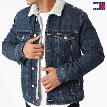 https://laboutiqueofficielle-res.cloudinary.com/image/upload/v1627651009/Desc/Watermark/3logo_tommy_jeans.svg Tommy Jeans - Veste Jean A Col Fourrure Regular Sherpa 1568 Bleu Denim