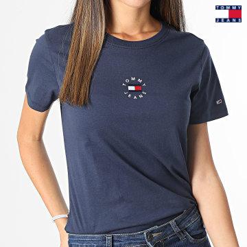 https://laboutiqueofficielle-res.cloudinary.com/image/upload/v1627651009/Desc/Watermark/3logo_tommy_jeans.svg Tommy Jeans - Tee Shirt Femme Slim Tiny Tommy 2 1350 Bleu Marine